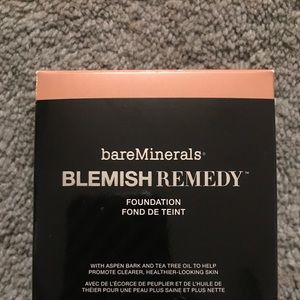 BareMinerals Remedy BNIB Clearly latte 08